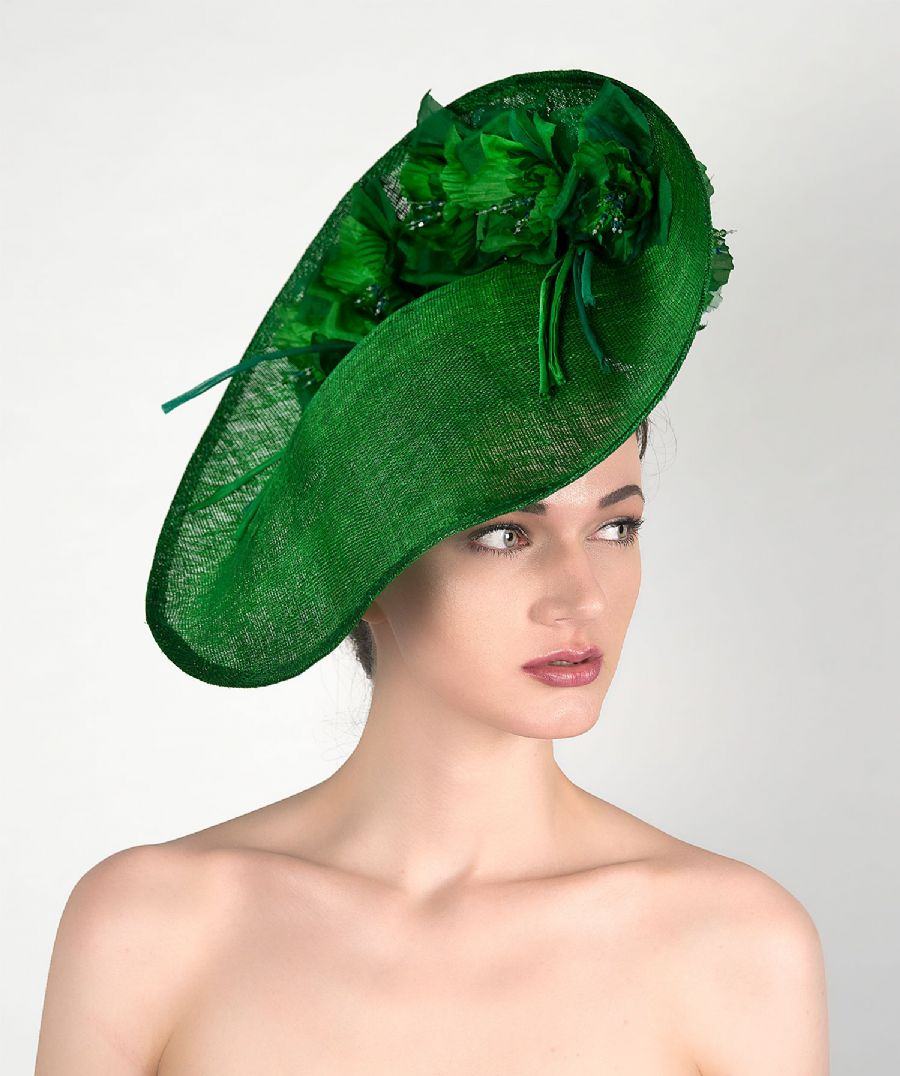 Emerald Green Handmade Saucer Hat Hatinator with Silk Roses for Wedding, Royal Ascot Designer Hat. Garden Party, Emerald Green Mother of the Bride Hat.
